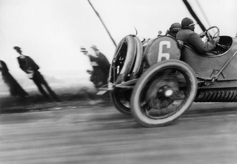 22.Jacques Henri Lartigue, L'automobile Delage